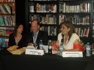 John Wolf, Presidente Eisenhower Fellowships y Marta Pascual (EF. '88) Presidente de ICANA.
