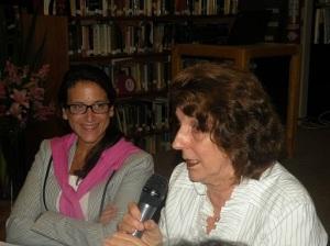 Carina Novarese (EF. '08) Uruguay, Mabel Causarano (EF. '83) Paraguay.